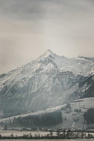 snowy kitzsteinhorn in winter ski lift