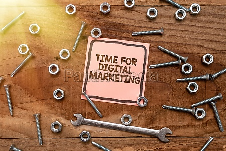 conceptual caption time for digital marketing