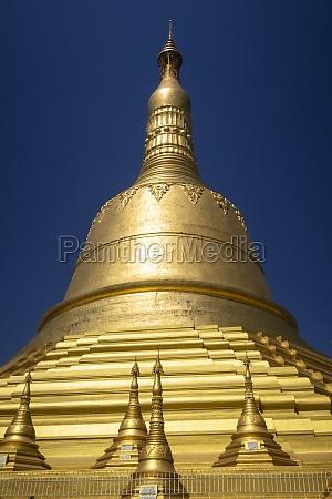 shwedagon pagoda buddhist religious site in