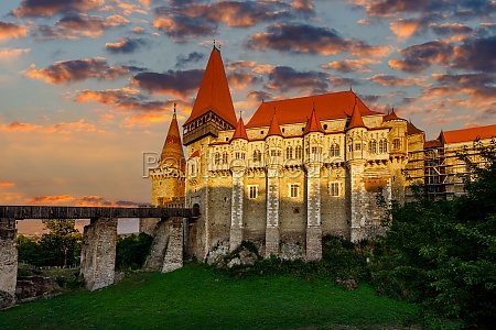 the hunedoara castle in romania