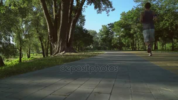 Video B144192185