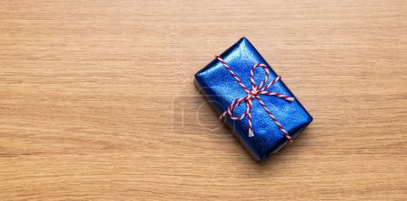color red white blue object paper