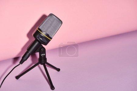 Media-id B285979008