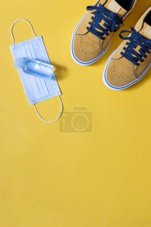 sport fun yellow blue background object