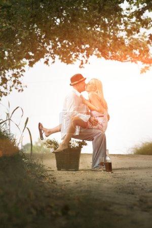 green, fun, beautiful, happy, love, romance - B121524936