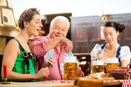 game, leisure, pub, fun, group, gambling - B79100628
