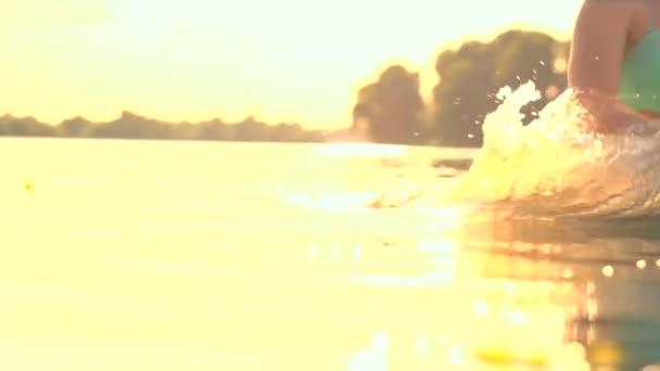 Video B74719955